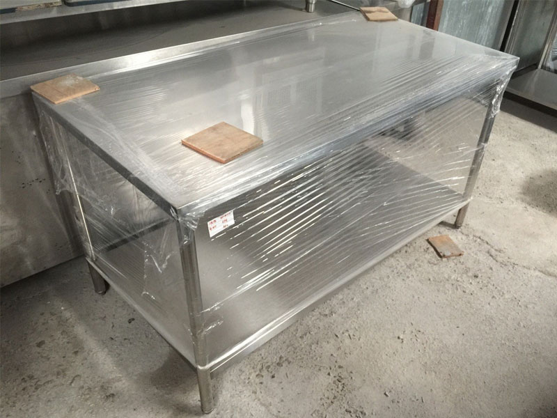 Stainless-Steel-Table-02
