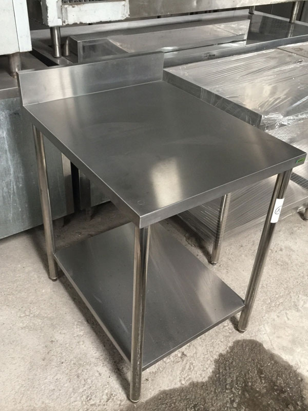 Stainless-Steel-Table-03